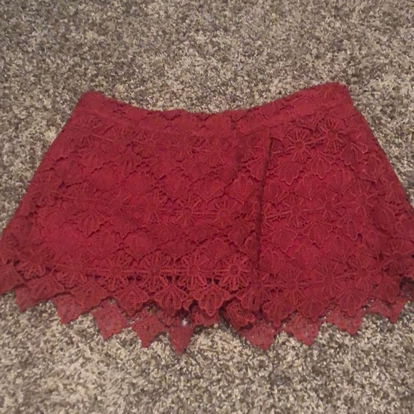 Umgee Pants - Maroon lace Umgee skort.
